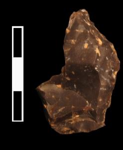 Raedera de sílex procedente del nivel XI de la cueva del Niño.